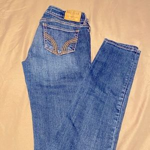 Hollister Jeans - Skinny - Low Rise - Size: 1